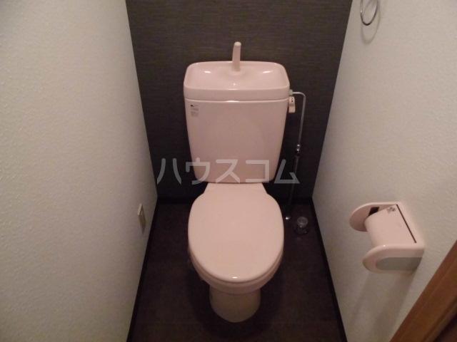 ポポラーレヒロ 203号室のトイレ