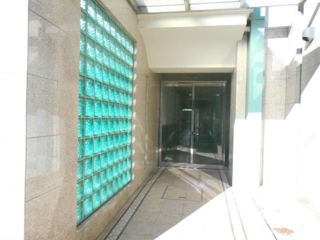 エルスタンザ鶴舞公園 406号室のエントランス