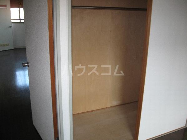 サンパーク千代田 4B号室の収納