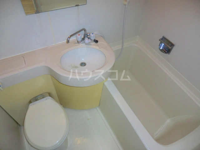こもれびショア- 202号室のトイレ