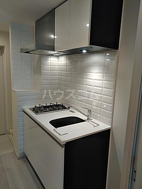 DeLCCS Akatsuka 103号室のキッチン
