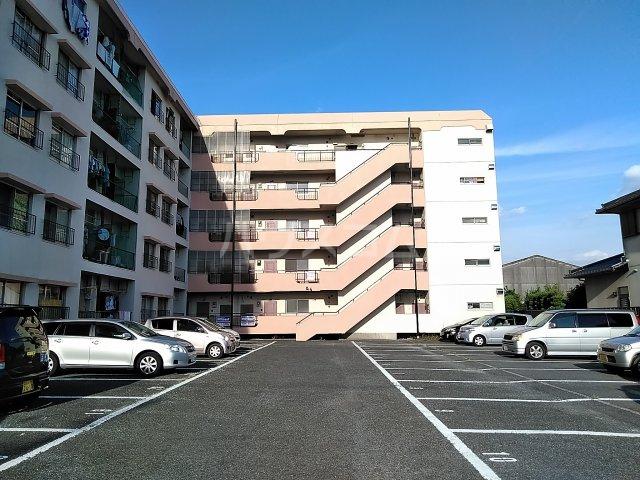 VIP7 309号室の駐車場