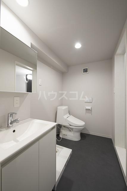 Vella 203号室のトイレ