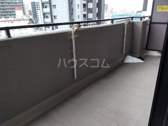 名駅アイリス弐番館 602号室のバルコニー