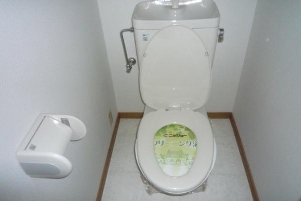 プロヴァンス 1A号室のトイレ