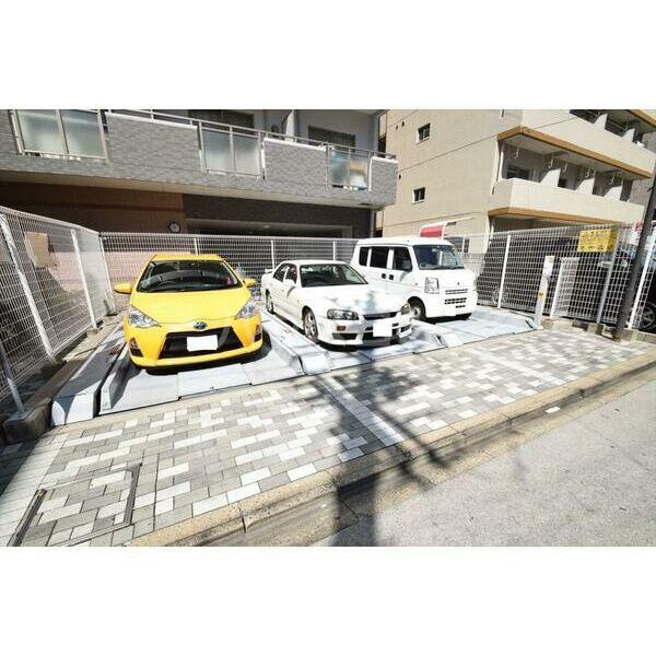 アレンダール大須 1101号室の駐車場
