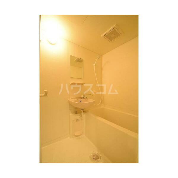 アレンダール大須 1101号室の風呂