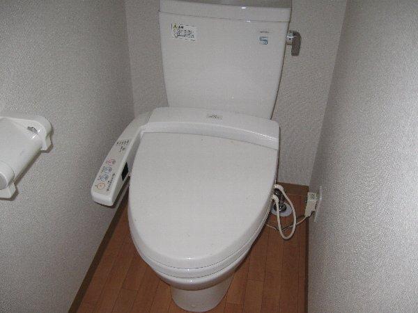 キャノンピア鶴舞 402号室のトイレ