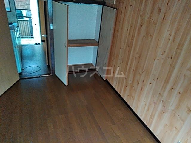 コーポJTL 205号室のベッドルーム