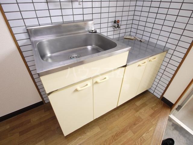 カームハウス日進 201号室のキッチン