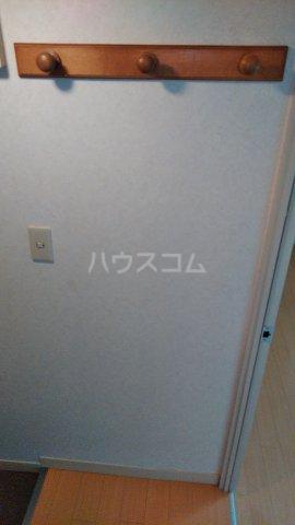 ニットーコーポ 203号室の玄関