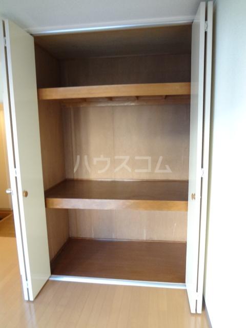 ロワールウエスト2 103号室の収納