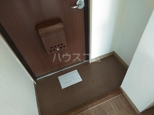 高津マンション 307号室の玄関