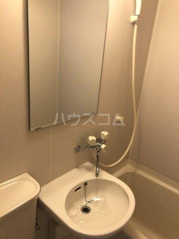 パストラル17 201号室の洗面所