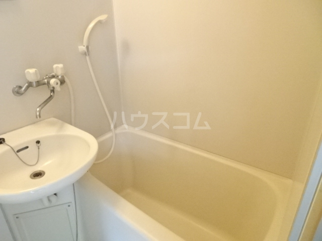 ランディー新浦安 307号室の風呂