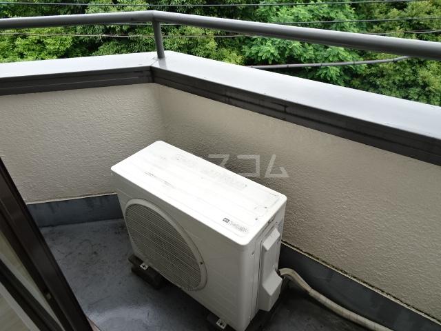 ランディー新浦安 307号室のバルコニー