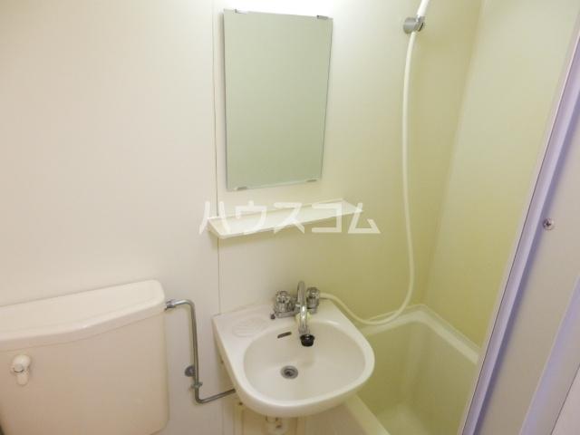 ジョイフル津田沼Ⅲ 107号室の洗面所