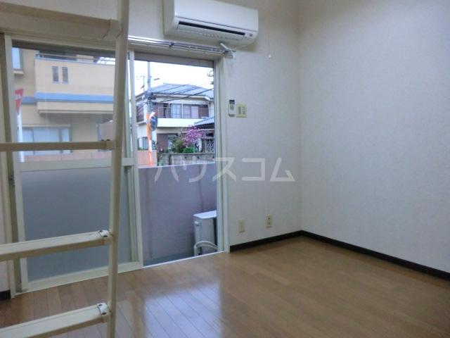 メルパラッツォⅡ 102号室の居室