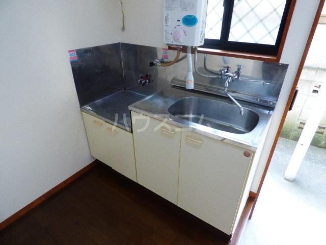 コーポツヅキ 103号室のキッチン