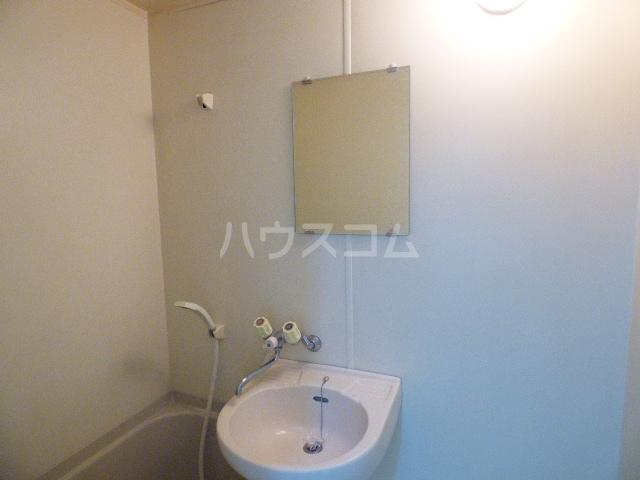 コーポツヅキ 103号室の洗面所