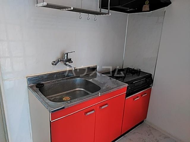 サン・クレール横浜 A202号室のキッチン