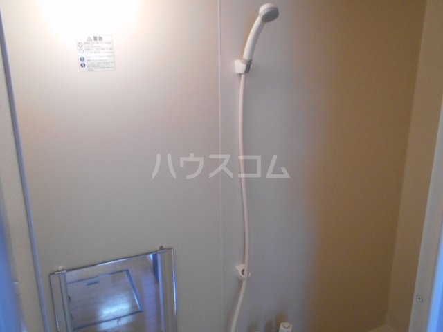 ボヌール浦安 101号室の風呂