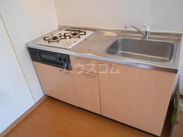 ボヌール浦安 101号室のキッチン