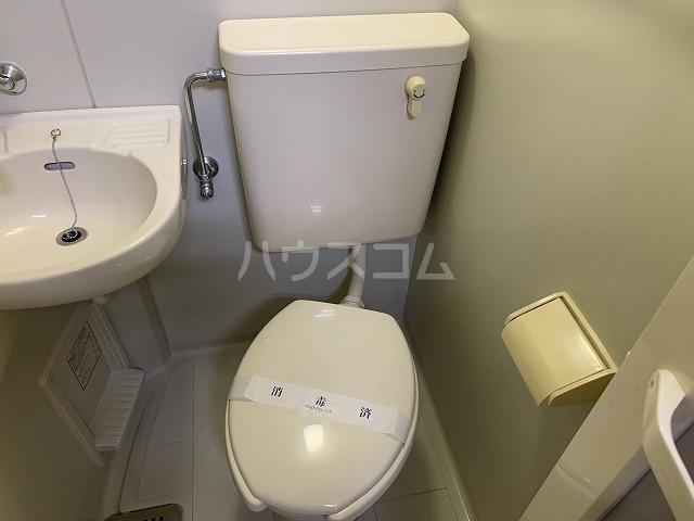 リヴェールハイム 101号室のトイレ
