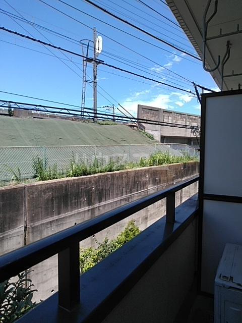 ラ・ピエサ 202号室のバルコニー