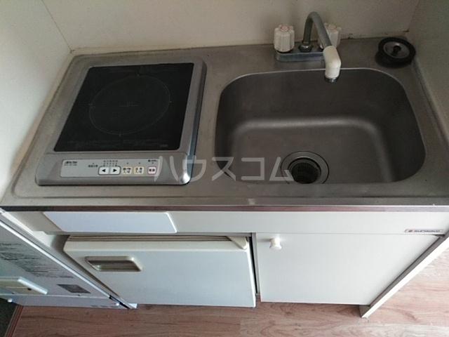 ラ・ピエサ 202号室のキッチン