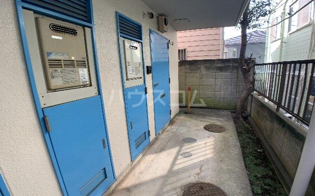 パレスハイツ津田沼 101号室のエントランス