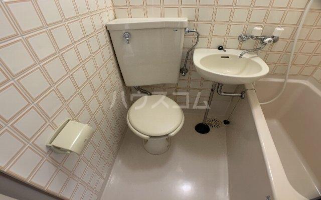パレスハイツ津田沼 101号室のトイレ