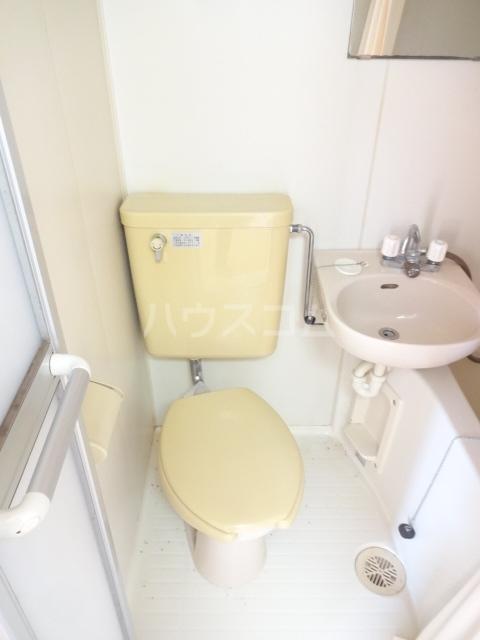 フォレント2番館 203号室のトイレ