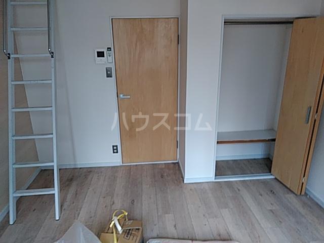 ローズアパートQ52番館 105号室のキッチン