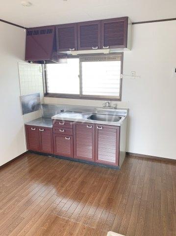 グランデュールドーマA 205号室のキッチン