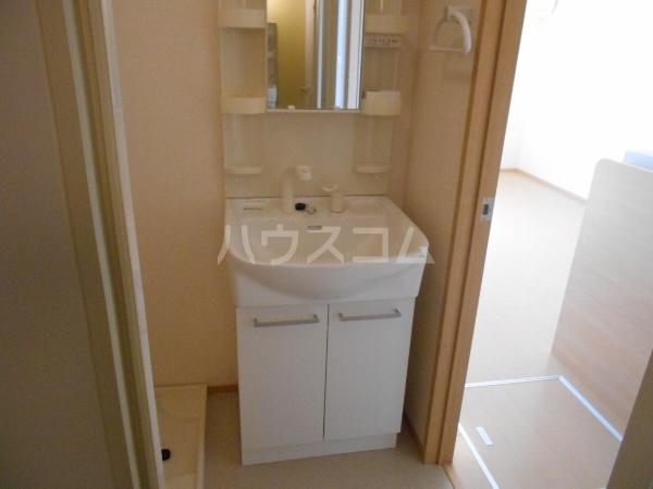 セレッソハイム 201号室の洗面所