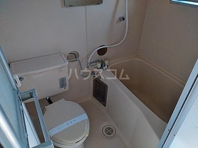 コーポラスクレイン 101号室の風呂