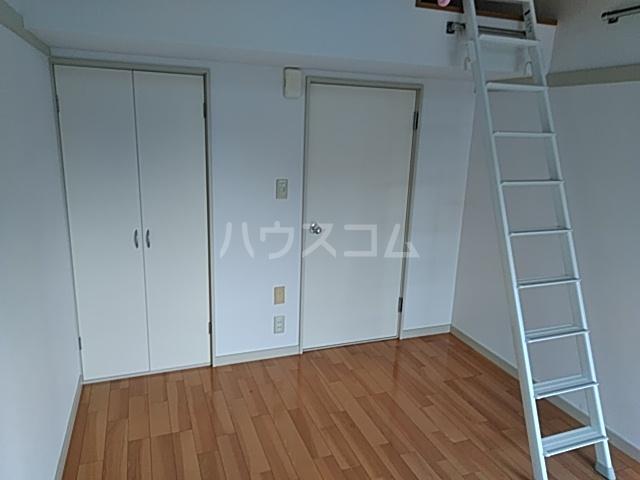 コーポラスクレイン 101号室のベッドルーム