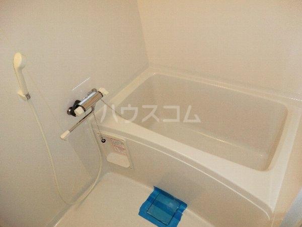 PROMENADE彩 202号室の風呂
