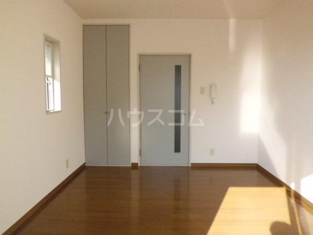 コーポK 204号室の居室