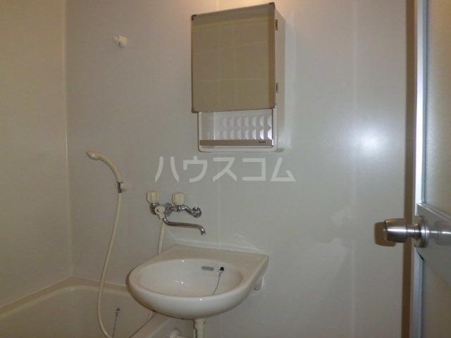 コーポK 204号室の洗面所