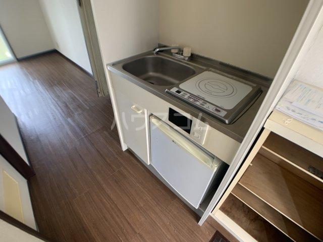 カーサフロール 津田沼 212号室のキッチン
