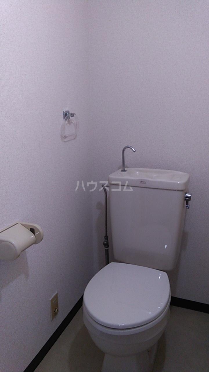 ドリームアロー石川A棟のトイレ