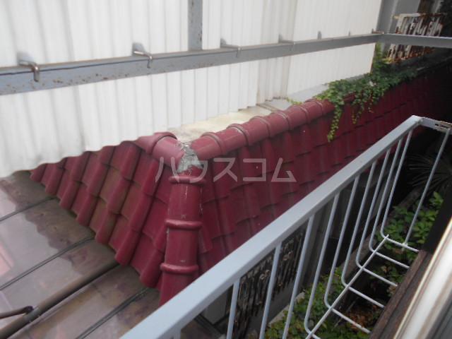 松本荘 A号室のバルコニー