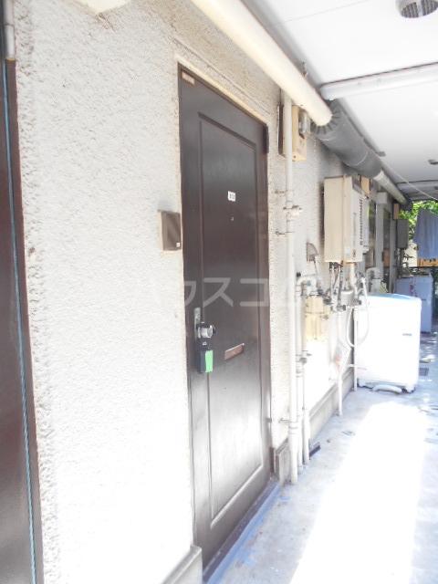 リバーハイツⅠ 103号室のロビー