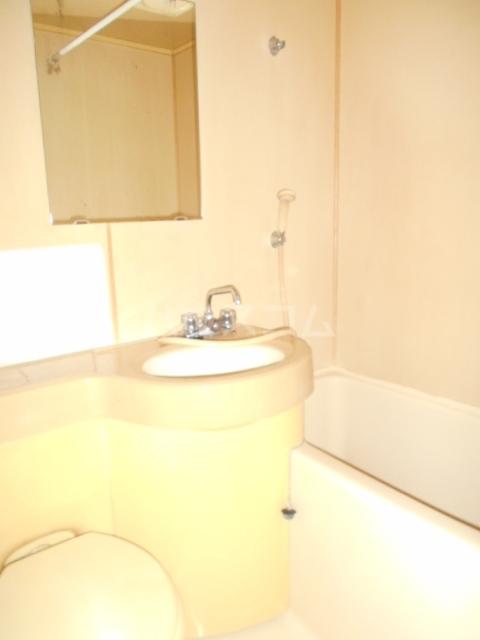 リバーハイツⅠ 103号室の洗面所