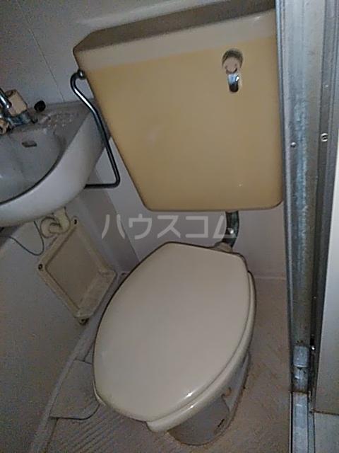 メゾンラフォーレ 102号室のトイレ