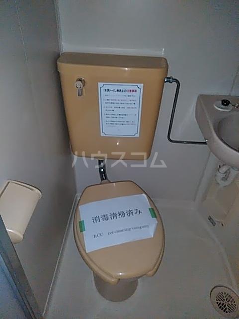 レジデンスGOOD 103号室のトイレ