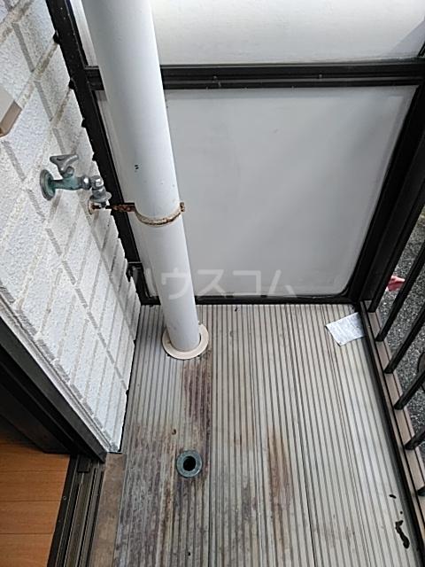 レジデンスGOOD 105号室のバルコニー