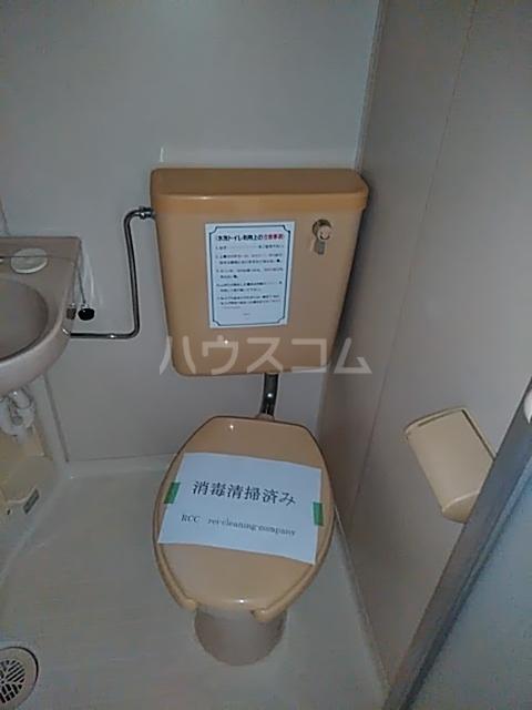 レジデンスGOOD 105号室のトイレ